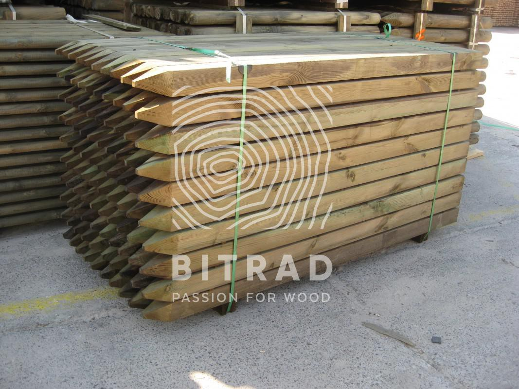 Tavole piallate impregnate, legno di pino impregnato in autoclave. PPHU Bitrad